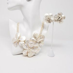 Mother of Pearl Handmade Shell Necklace Set